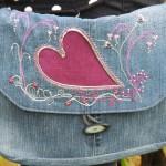 Mellanväska, jeans